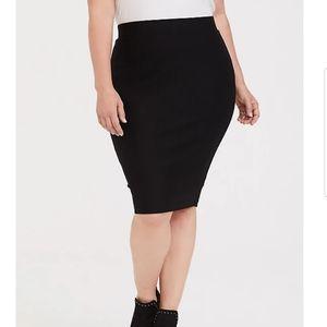 TORRID black premium ponte pencil skirt